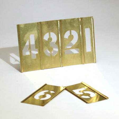 Tecken: (1-9) (. - ) 2 st. 0